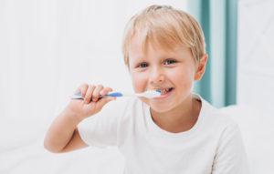Lee más sobre el artículo 🦷 Educación e higiene dental infantil