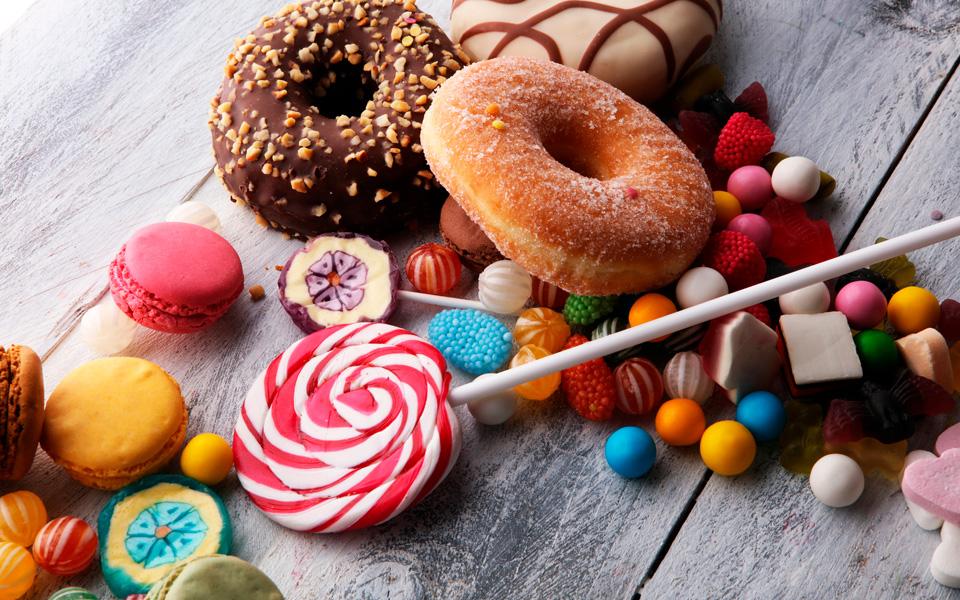En este momento estás viendo 🦷 Alimentos perjudiciales para la salud dental